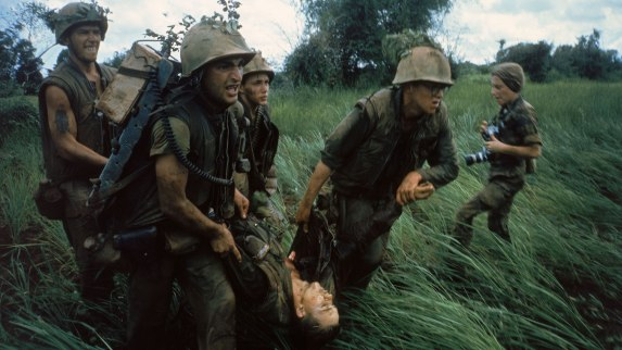 221-2211158_vietnam-war-soldiers-color